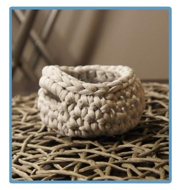 ręcznie robiony koszyk mira handmade ze sznurka bawełnianego